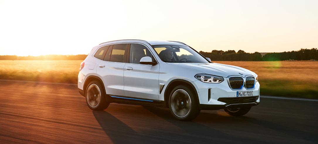 De BMW iX3